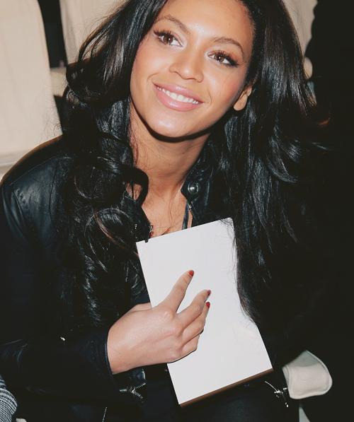 hair Beyonce long black