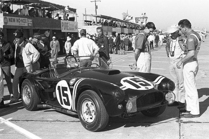Le Castellet, la Shelby American torna in pista Baume