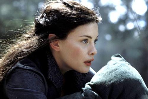 El Señor De Los Anillos Liv Tyler Found On Tttttakooo Tumblr Com Via Tumblr Lord Of The Rings Lotr The Hobbit