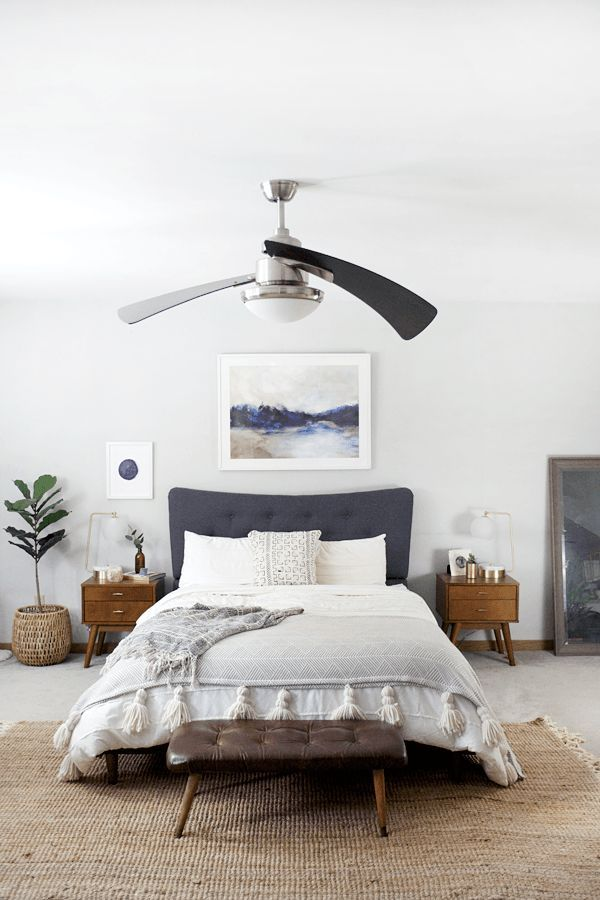 Modern bohemian bedroom in natural shades of blue for Bedroom inspiration natural