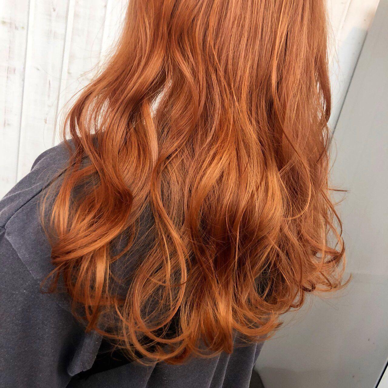 オレンジヘアー 髪 色 髪型 色