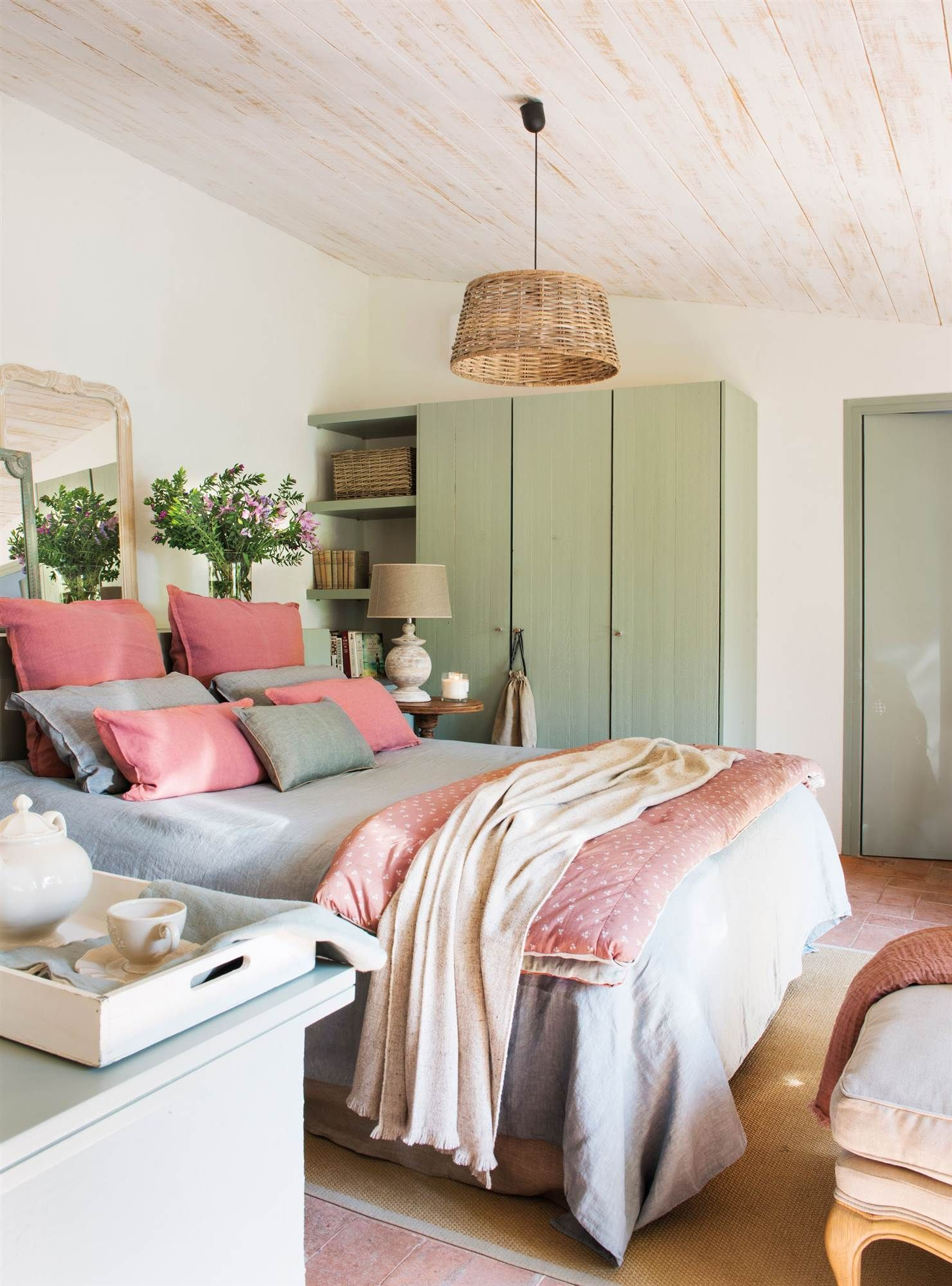 Stylish Bedroom Pictures  June, 2018