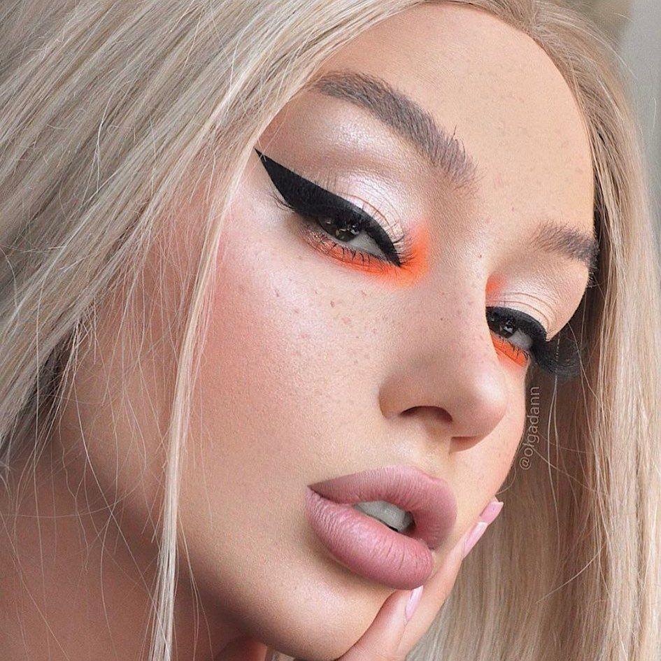"ColourPop Cosmetics on Instagram: ""okaaaay baddie � Have you guys tried this bright inner corner trend? - Super Shock Blush in Cruel intentions Super shock shadow in MONKEY…"""