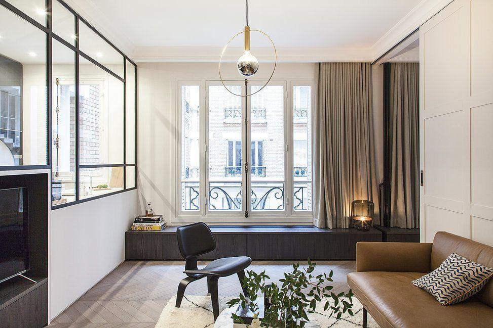 Luxe appartement van m in warme neutrale kleuren woonkamer