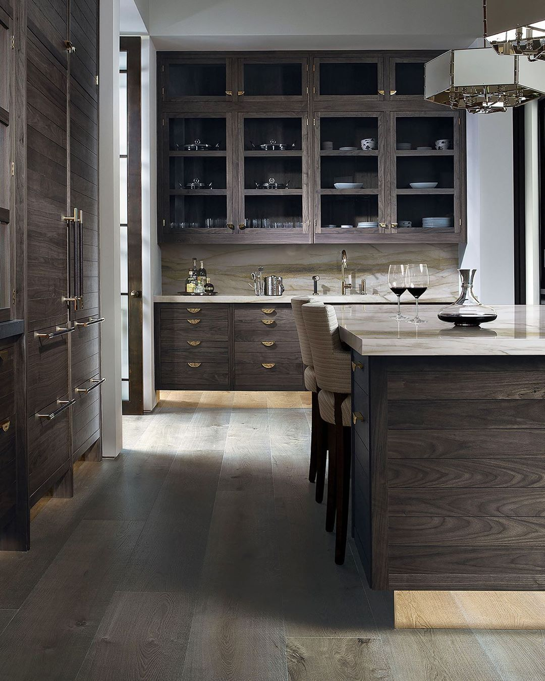 Smallbone On Instagram Bring A Subtle Sense Of Drama Into Your Kitchen With Naples Learn More In Ou In 2020 Smallbone Kitchens Kitchen Cabinet Design Cabinet Design