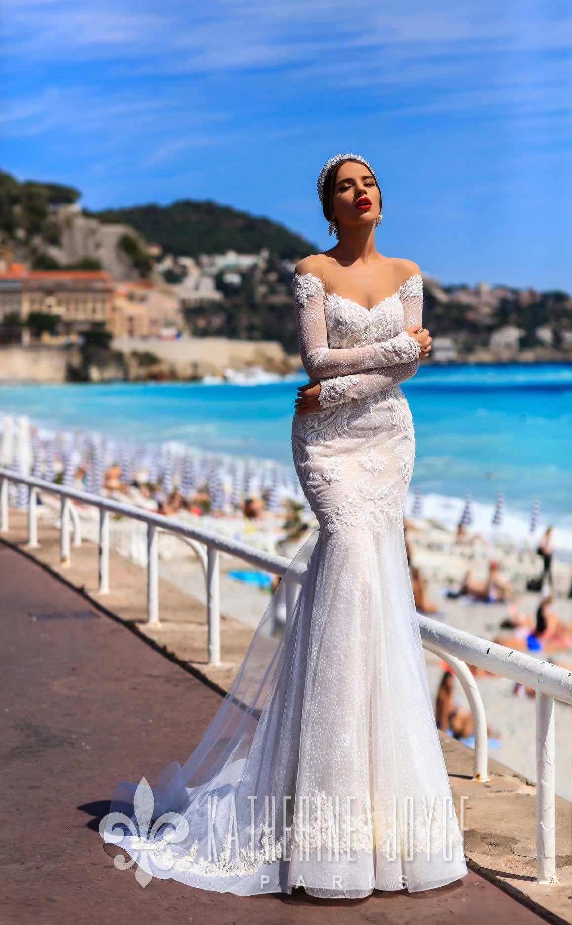 Romantic Katherine Joyce Wedding Dresses With Modern Elegance Modwedding Wedding Dresses Romantic Bridal Gowns Lace Mermaid Wedding Dress [ 1871 x 1158 Pixel ]