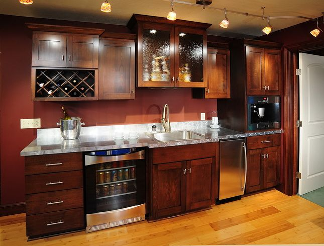 Wet bar basement wet bar cabinets lowes bar ideas for Basement cabinet ideas