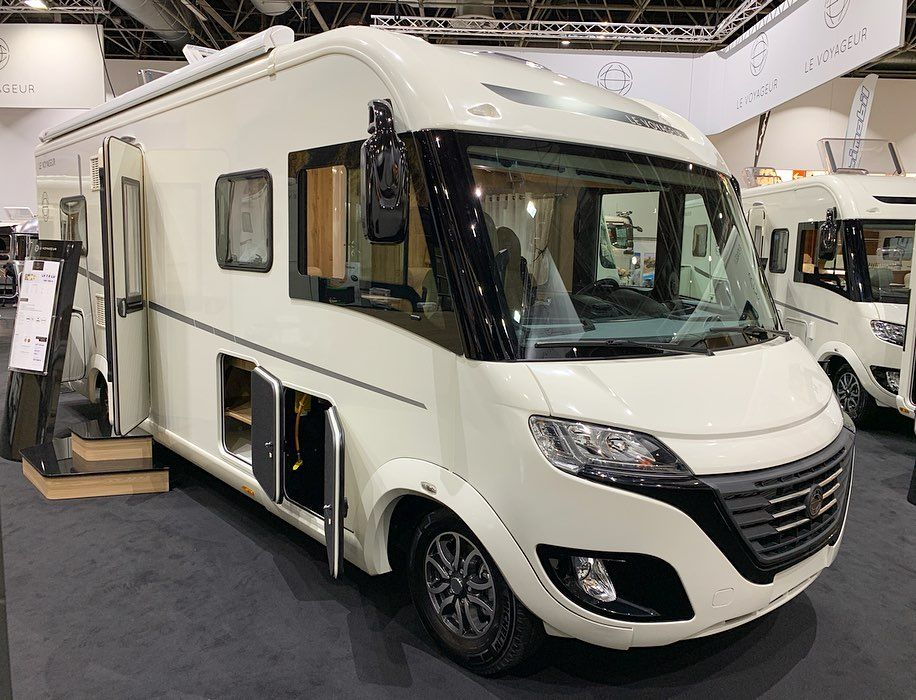 The New Le Voyageur Classic 7 8 Lu In Caravan Salon 2019 Maximum