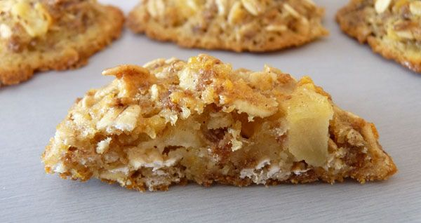 Testée et approuvée - Petits gâteaux muesli et pommes - Je remplace le beurre par de la purée d'amandes complète bio, c'est top !
