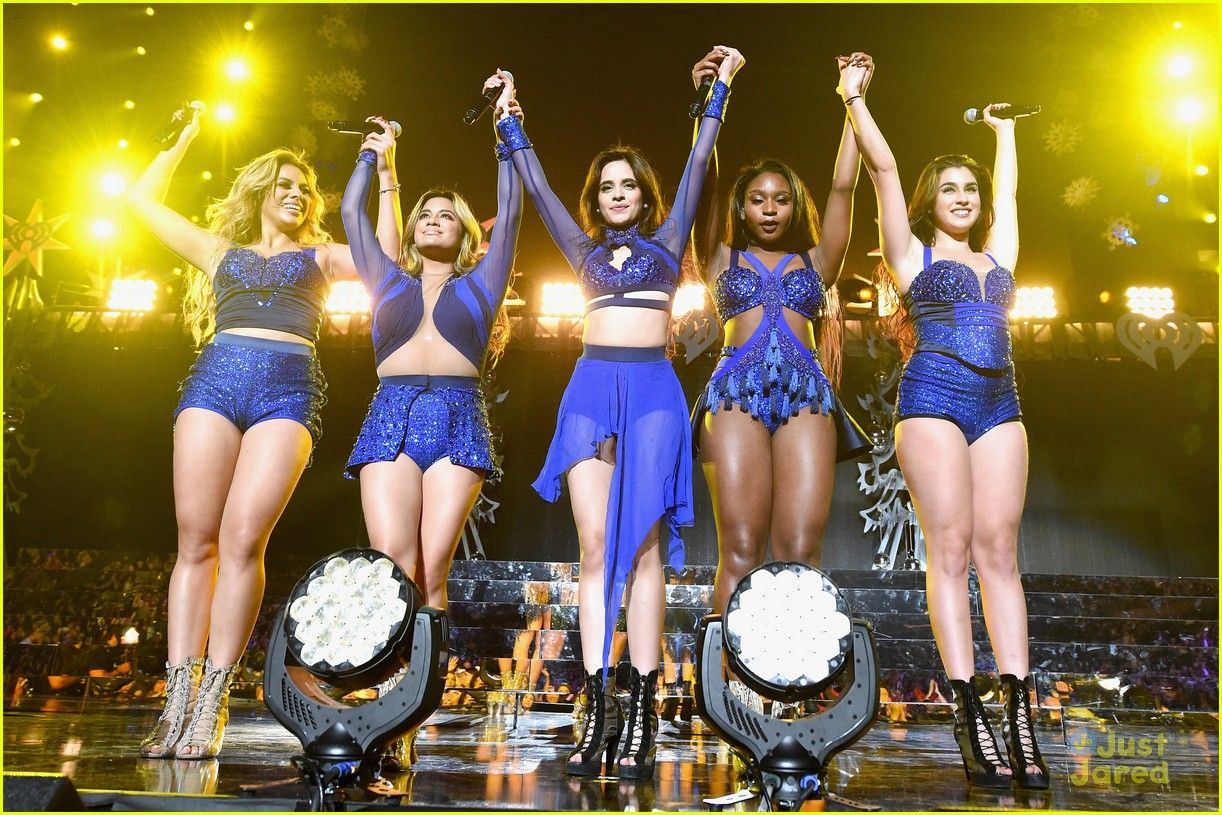 Fifth Harmony Hit Up Z100's Jingle Ball After Candie's Winter Bash Concert - See All The Pics!: Photo #905201. Fifth Harmony raise their arms for a group bow after performing at Z100's Jingle Ball 2015 held at Madison Square Garden on Friday night (December 11) in New York…