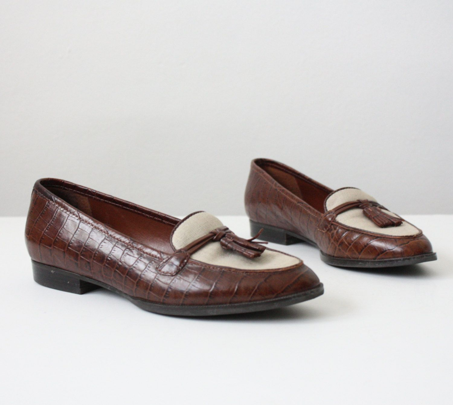 f1889634fa8 Vintage Oxford Loafers
