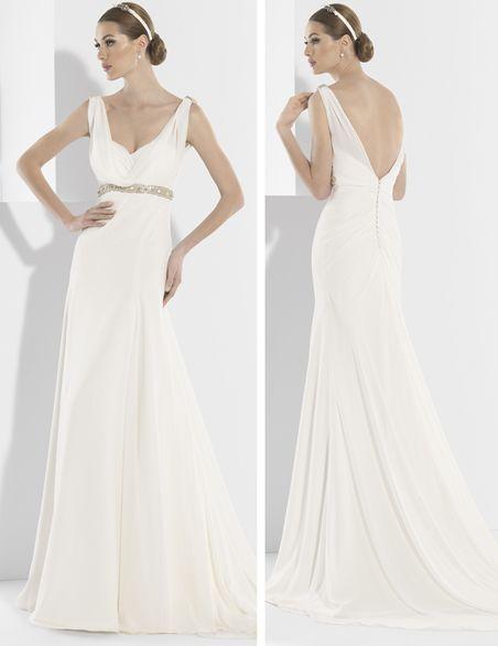 Vestido de novia de inspiración griega realizados en gasa natural.
