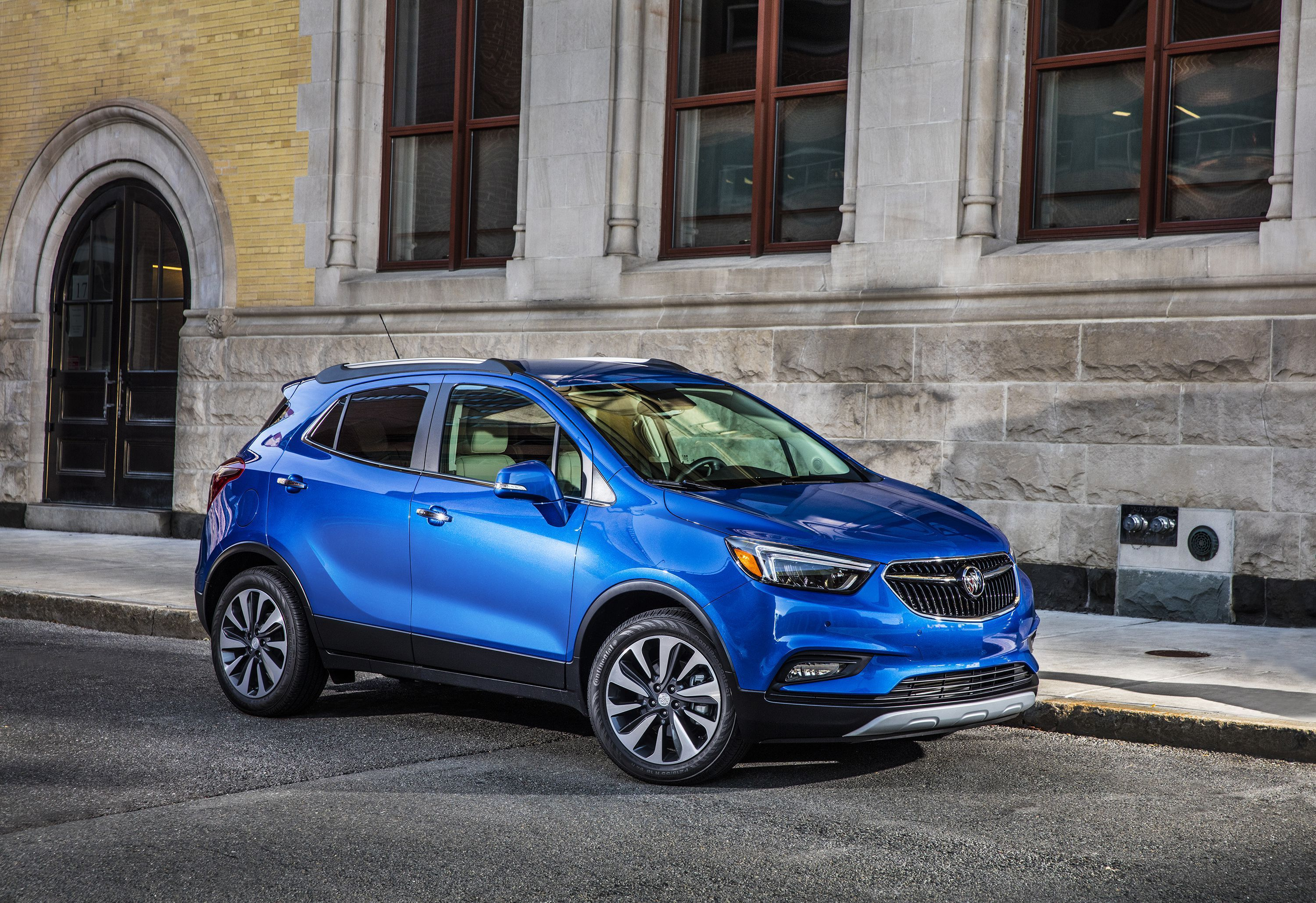 The 2017 Buick Encore Deserves A Double Take Buick Encore Buick Best Suv