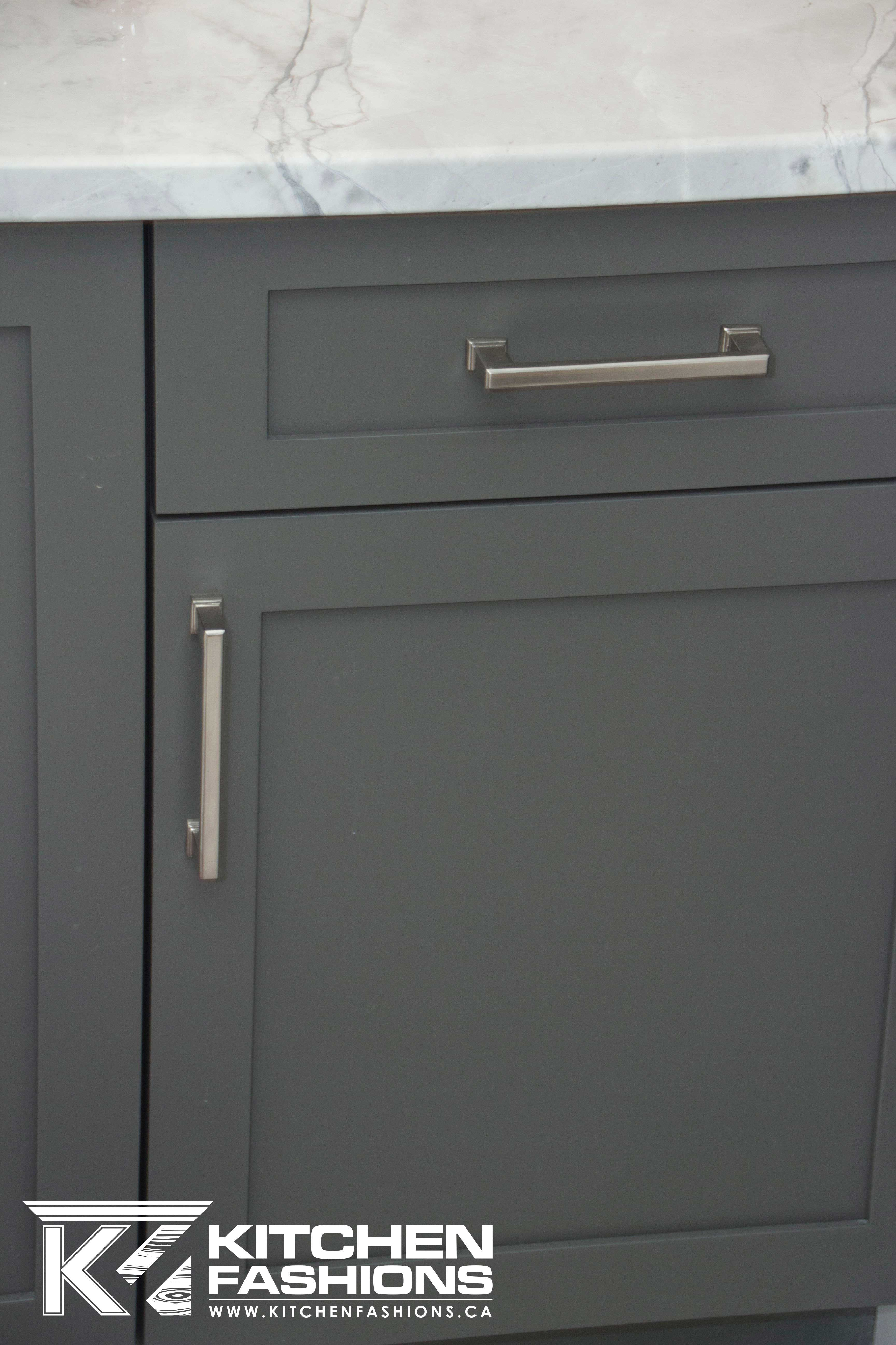 Silver Square Hardware Pulls On Gray Cabinets Kitchen Inspirations Grey Cabinets Kitchen Pictures