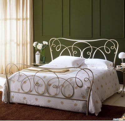 Antique. Iron bed. | For the Home | Letto ferro battuto, Ferro ...