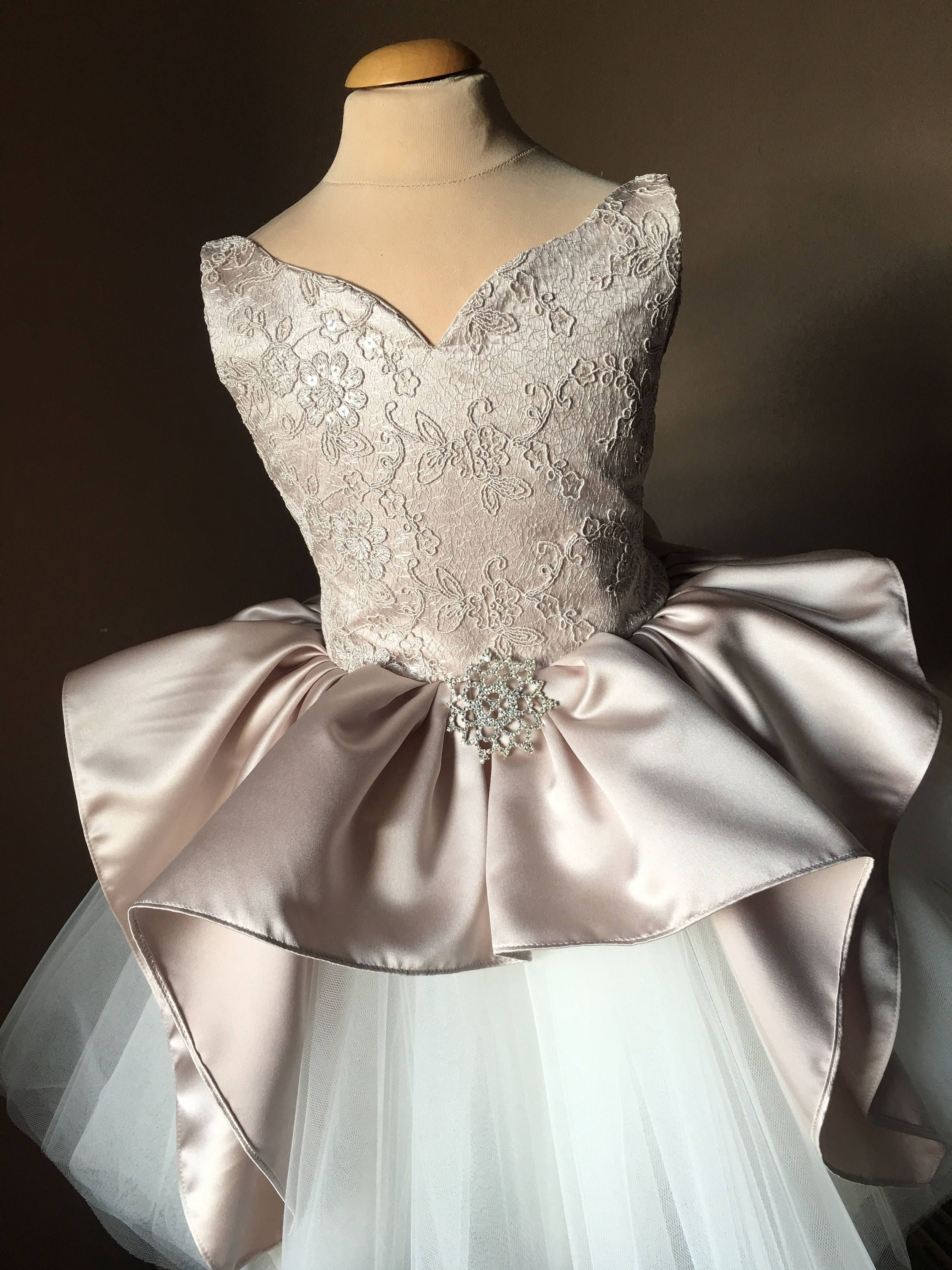 SHELLY Ivory Lace Champagne Tulle Flower Girl Dress ...  Ivory Lace Vintage Flower Girl Dress