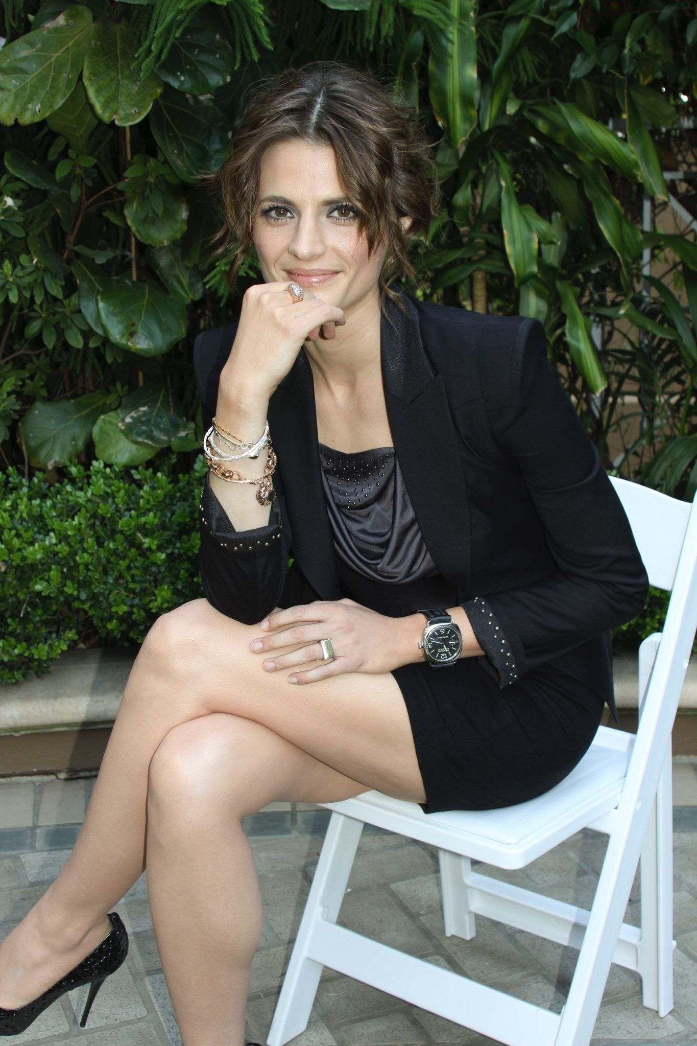 Another photo of Stana at the Castle premiere photo shoot ...