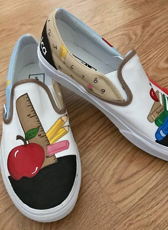 d156c8c097239 Teachers painted canvas shoes | Board idea | Painted canvas shoes ...