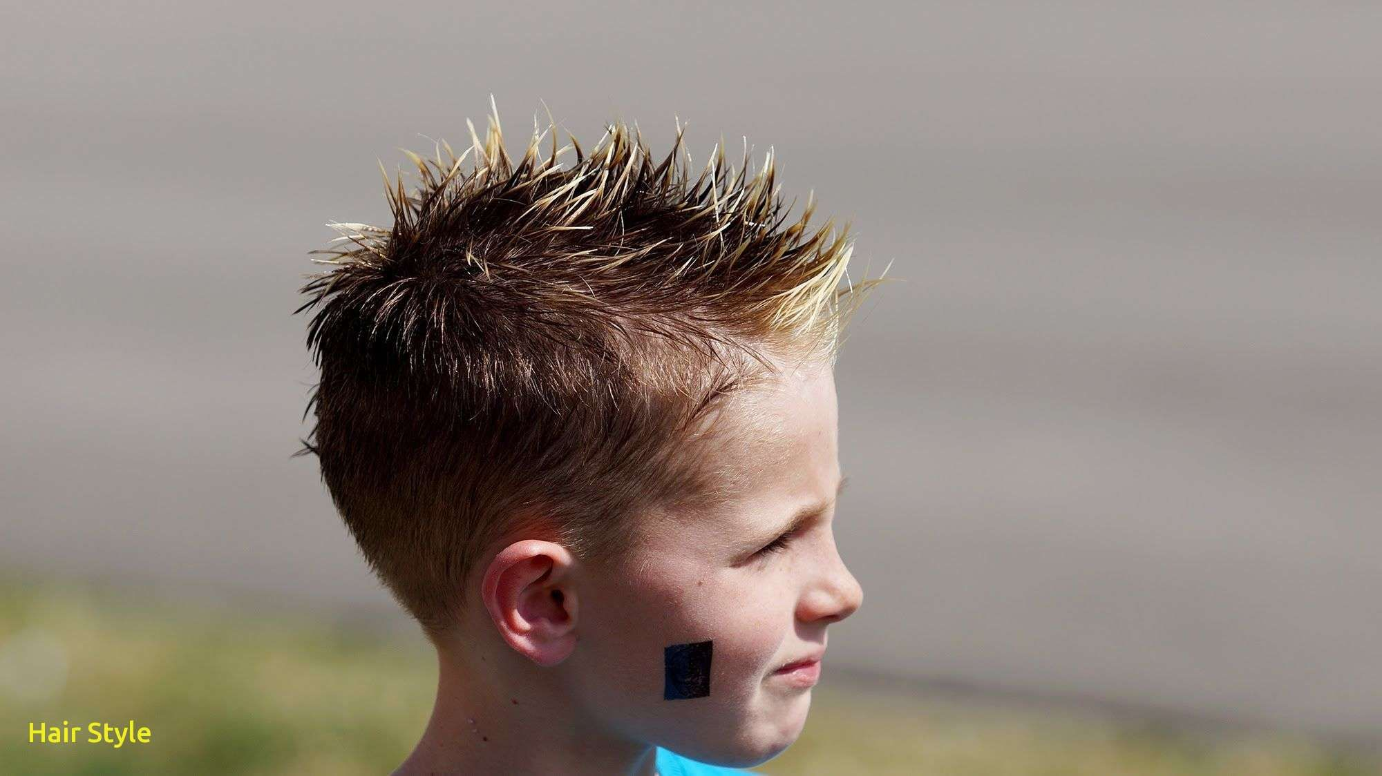 neufrisurenstile.com  Boys hair highlights, Bleached hair, New