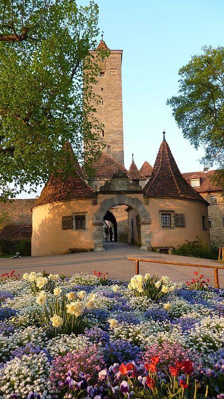 Burgtor Rothenburg Ob Der Tauber Germany Beautiful Places Rothenburg Castle