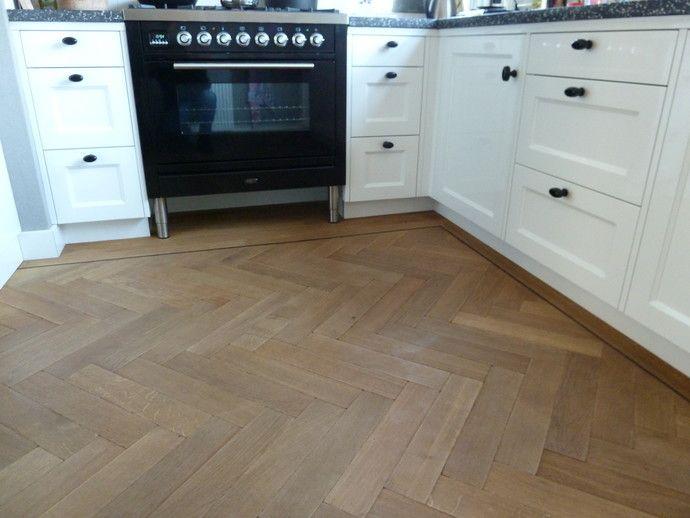 Afbeeldingsresultaat voor visgraat vloer tegels en hout
