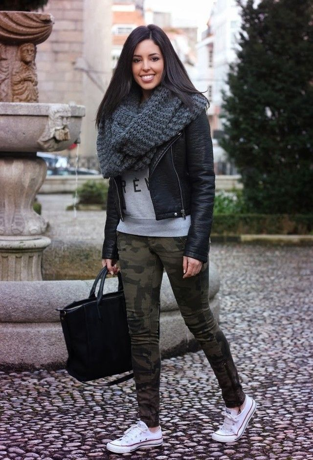 24936078f9f01 18 Trendy Scarves Wearing Ideas to Get Glamorous Look | Outfit Trends |  Outfit Trends