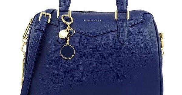 0aed1b74971c Mỗi chiếc túi xách hàng hiệu charles & keith đều mang đến vẻ đẹp riêng và