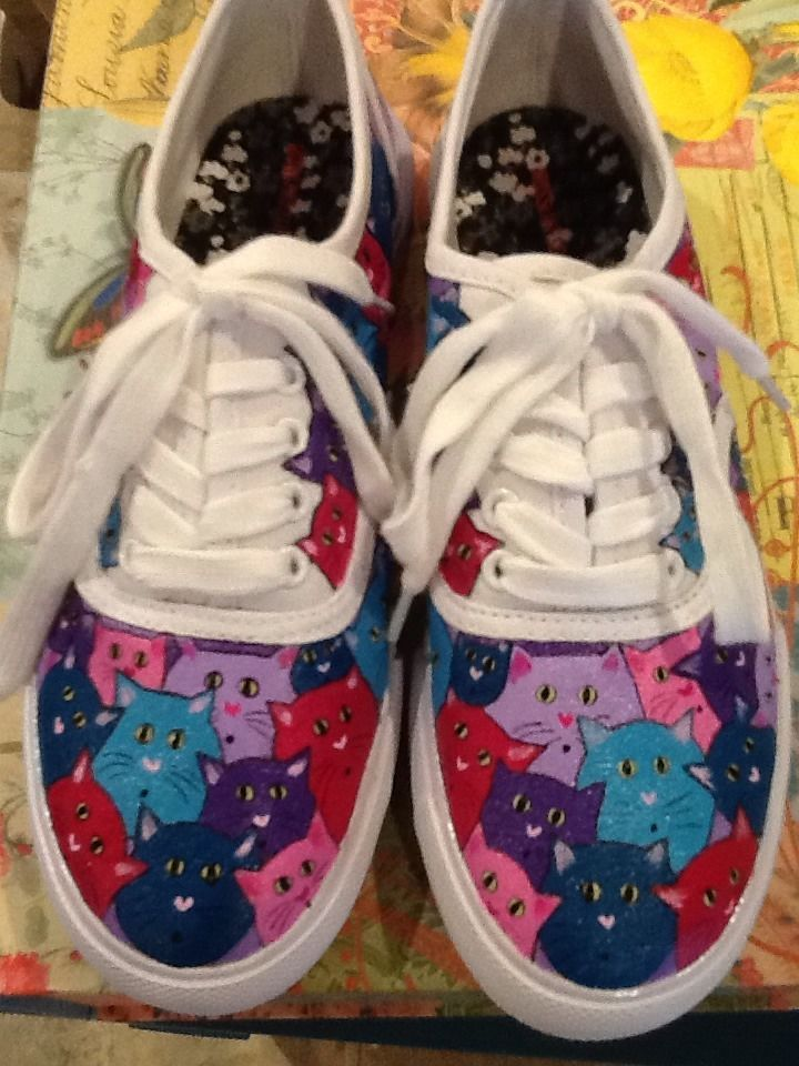 1fa3ddb0be4c9 Women's OOAK Hand Painted cat sneakers, size 7 #Handmade ...