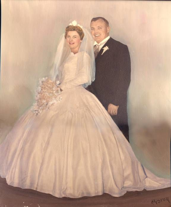Vintage Wedding Dresses Toronto: Pin By Hillside Consultants Inc. On 1950's Weddings In