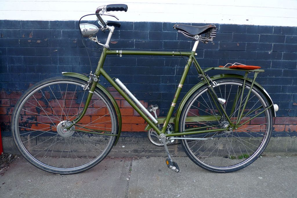 Wanted Acquired Raleigh Superbe Raleigh Bikes Old Bicycle Brooks Bicycle
