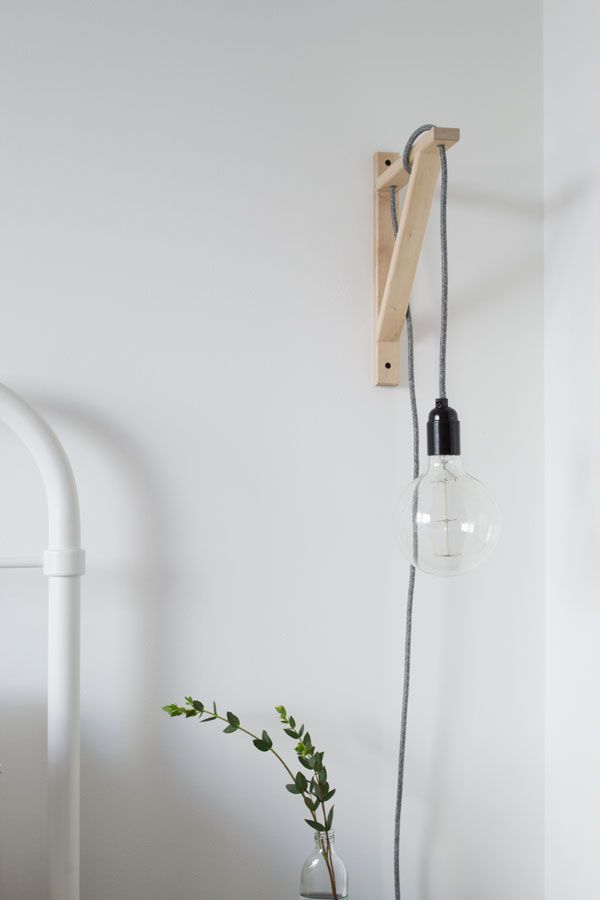 lampe de chevet scandinave et minimaliste diy querre bois clair fil ampoule pendant light. Black Bedroom Furniture Sets. Home Design Ideas