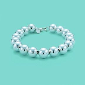 2dff8aa45 Tiffany & Co. | Item | Bead bracelet in sterling silver. | United States -  sophistication is simple