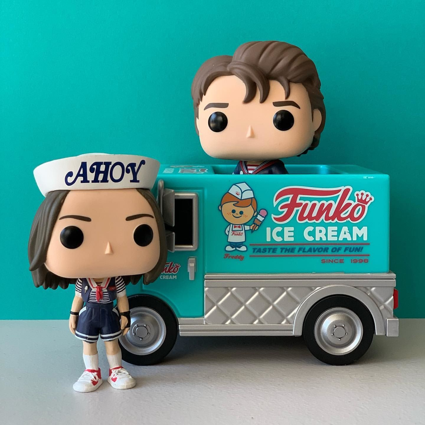 Funko Pop VINYL Stranger Things Steve Scoops Ahoy EXCLUSIVE IN STOCK