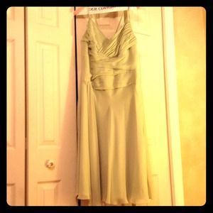 I just added this to my closet on Poshmark: Sage green cocktail dress. Price: $45 Size: 14