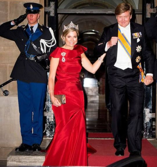 ♥•✿•QueenMaxima•✿•♥... The Dutch Royal Family attended the gala dinner for the Corps Diplomatique at the Royal Palace in Amsterdam