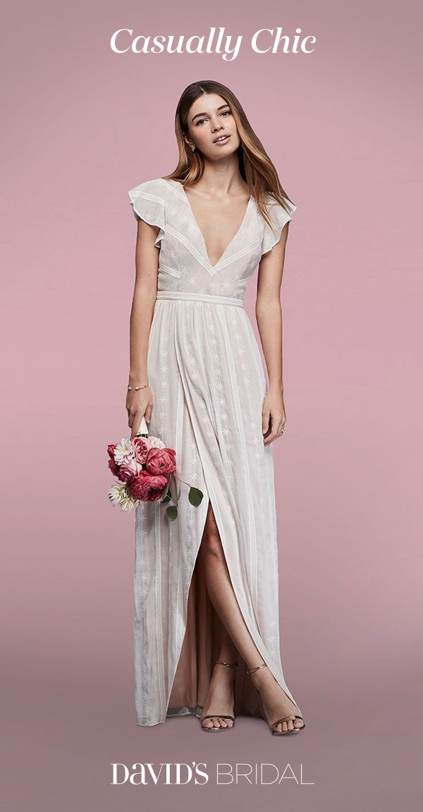 Simple Wedding Dresses Are Perfect For Casual Ceremonies City Hall Celebrations Or Destination Weddings Find Your Effortlessly Chic Style At