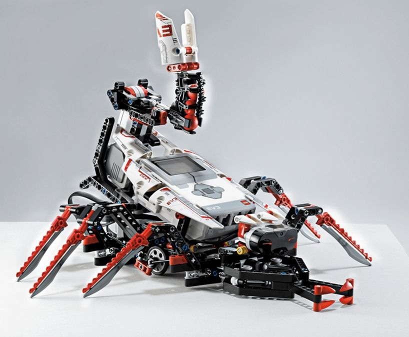 LEGO mindstorms EV3 programmable robots controlled by smartphone ...