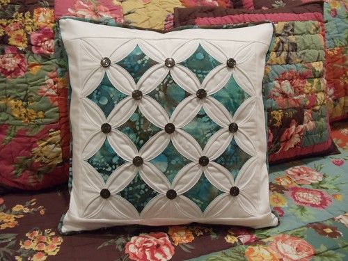 cathedral quilt pillow | Weekly Themed Quilt Contests / Quilting ... : quilting contests - Adamdwight.com