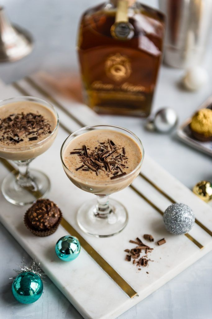 Holiday Hazelnut Rum Cocktail | Rum cocktail, Hazelnut cocktail, Chocolate cocktails