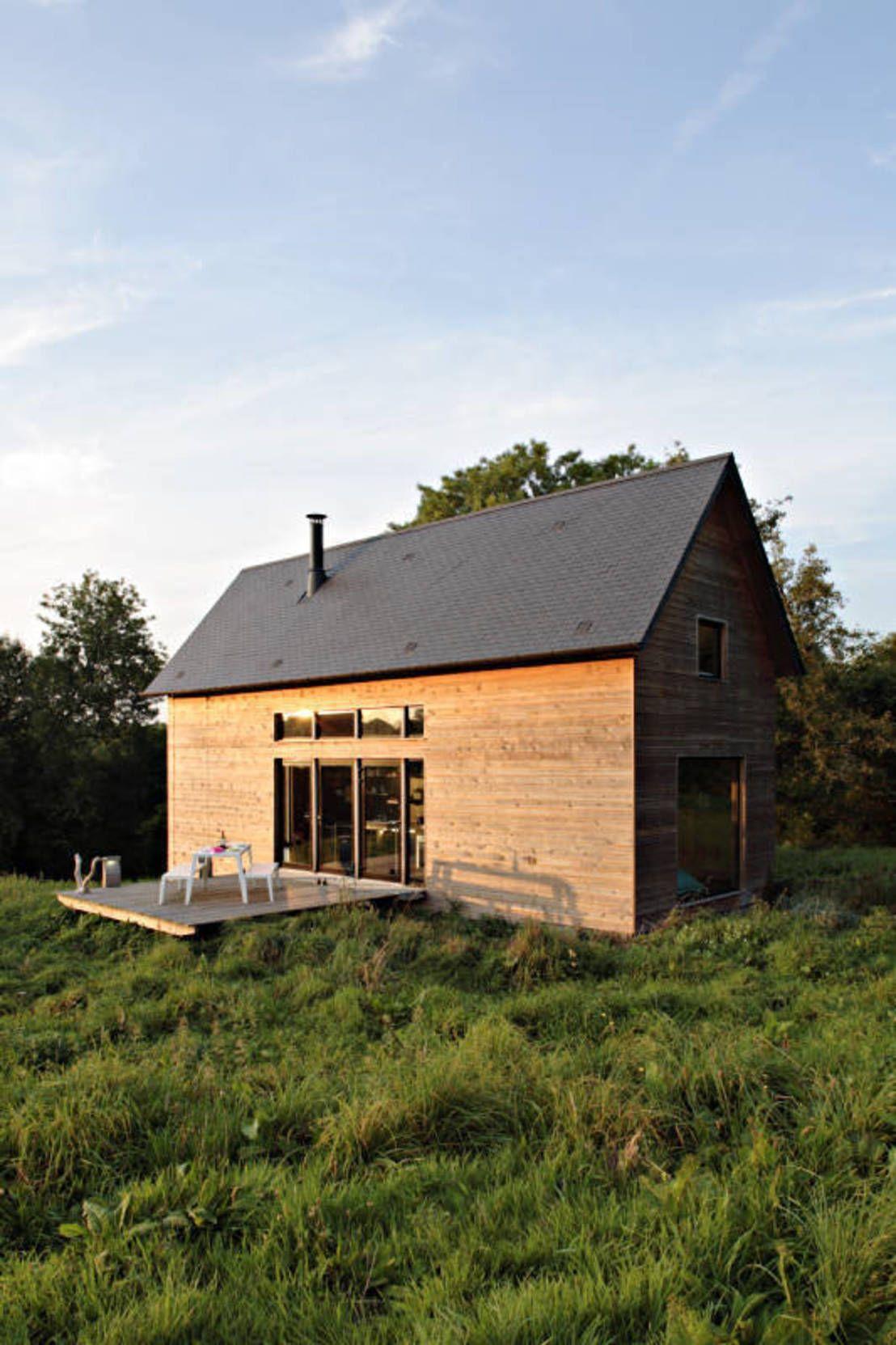 Kleines Holzhaus im Grünen   Ideen für kleine Häuser   kleines ...