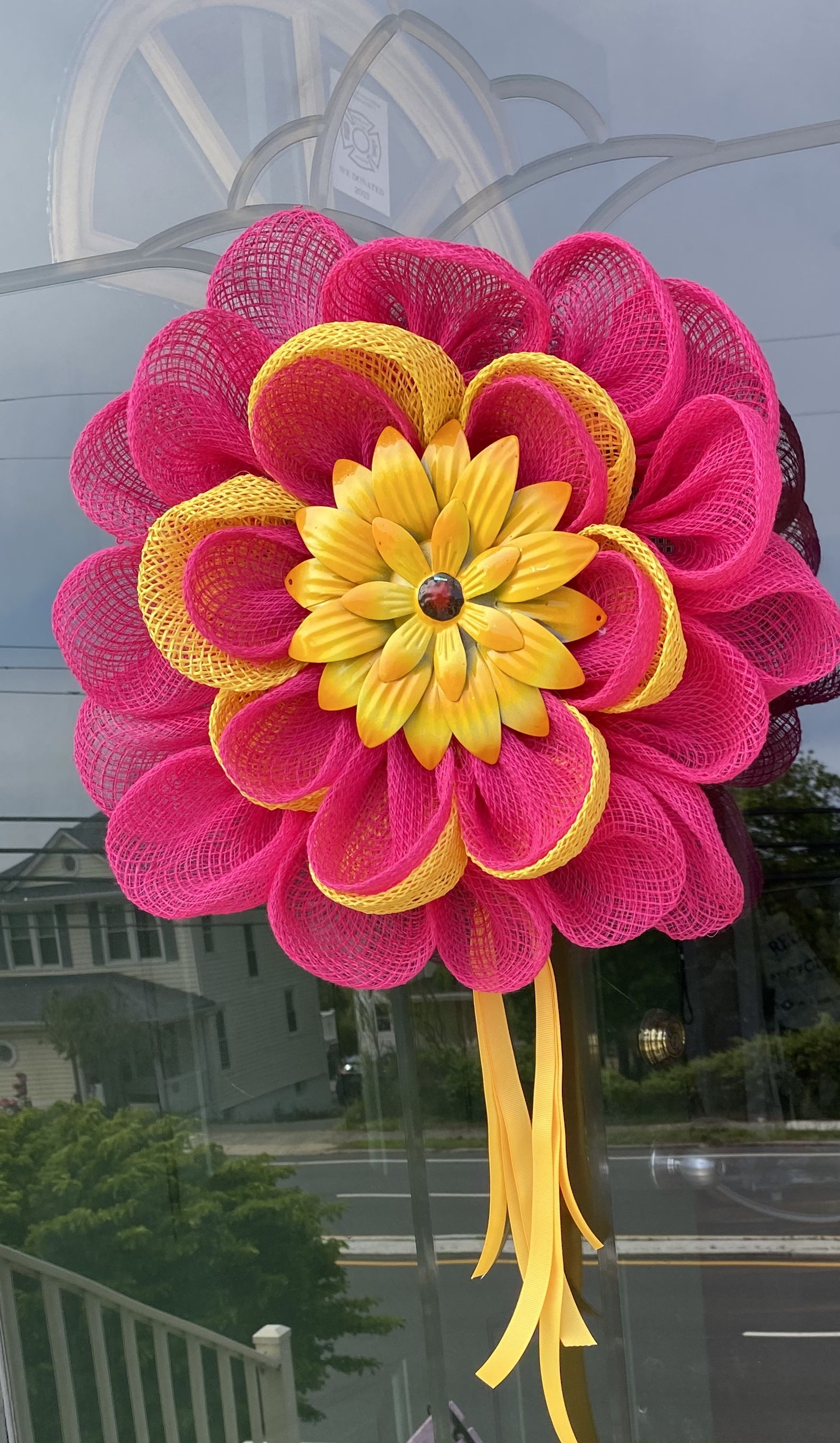 #ThinkPink  Adoorbs pink and yellow flower will brighten up even the gloomiest of days! 🌸😃