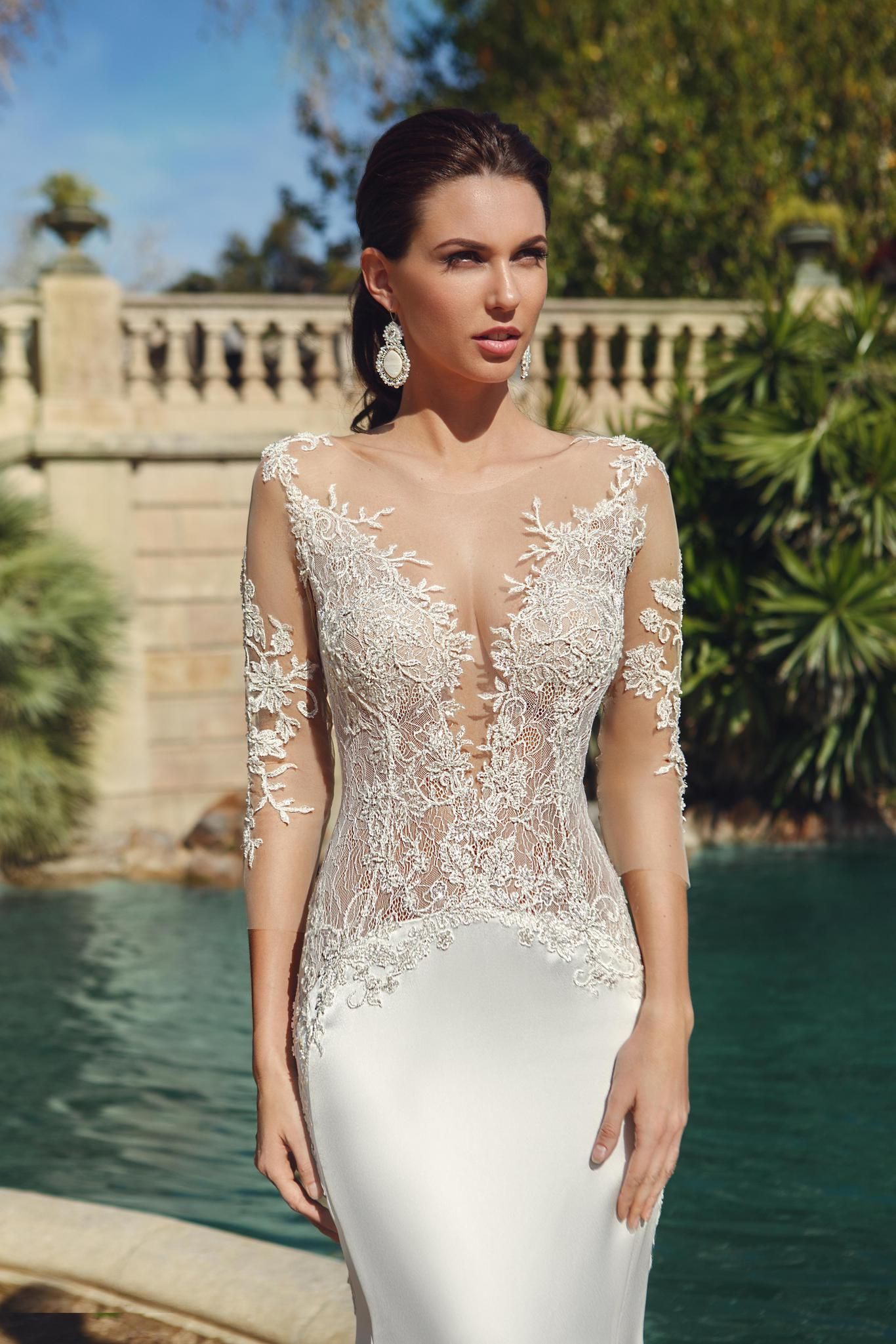 Ricca sposa hola barcelona collection nicole at the altar