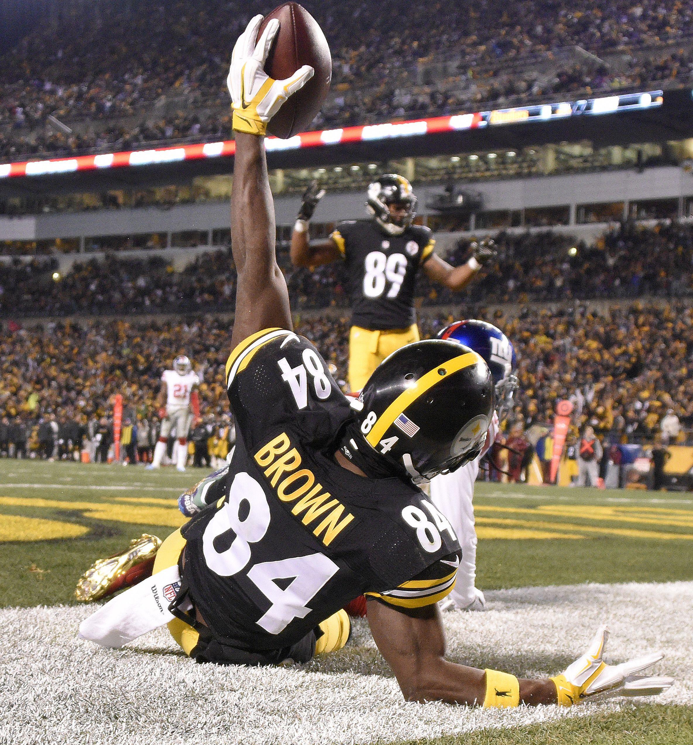 BOOM! Pittsburgh Steelers WR Antonio Brown always gets the