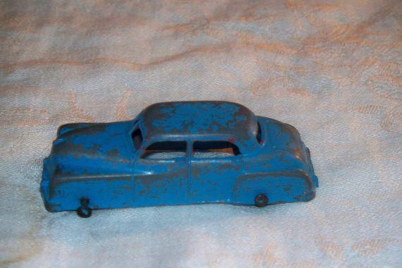 Vintage 1950s 40s Tootsietoy Four Door Sedan Por Tntcollectibles 9 00 Old Toys Vintage 1950s Vintage