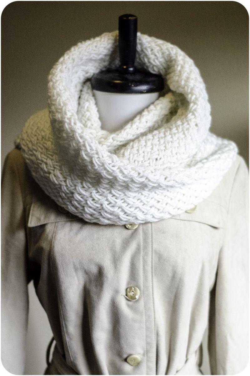 Knit Infinity Scarf pattern | CHALES,BUFANDAS Y CUELLOS | Pinterest ...
