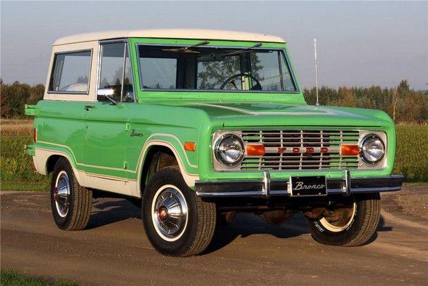 1977 Ford Bronco In Original Medium Emerald Green And Wimbledon