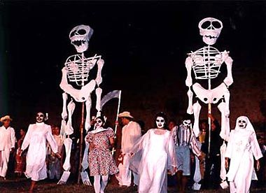 OAXACA, MEXICO | Celebrating the Day of the Dead: Travel Story and Photos by Phil Saviano