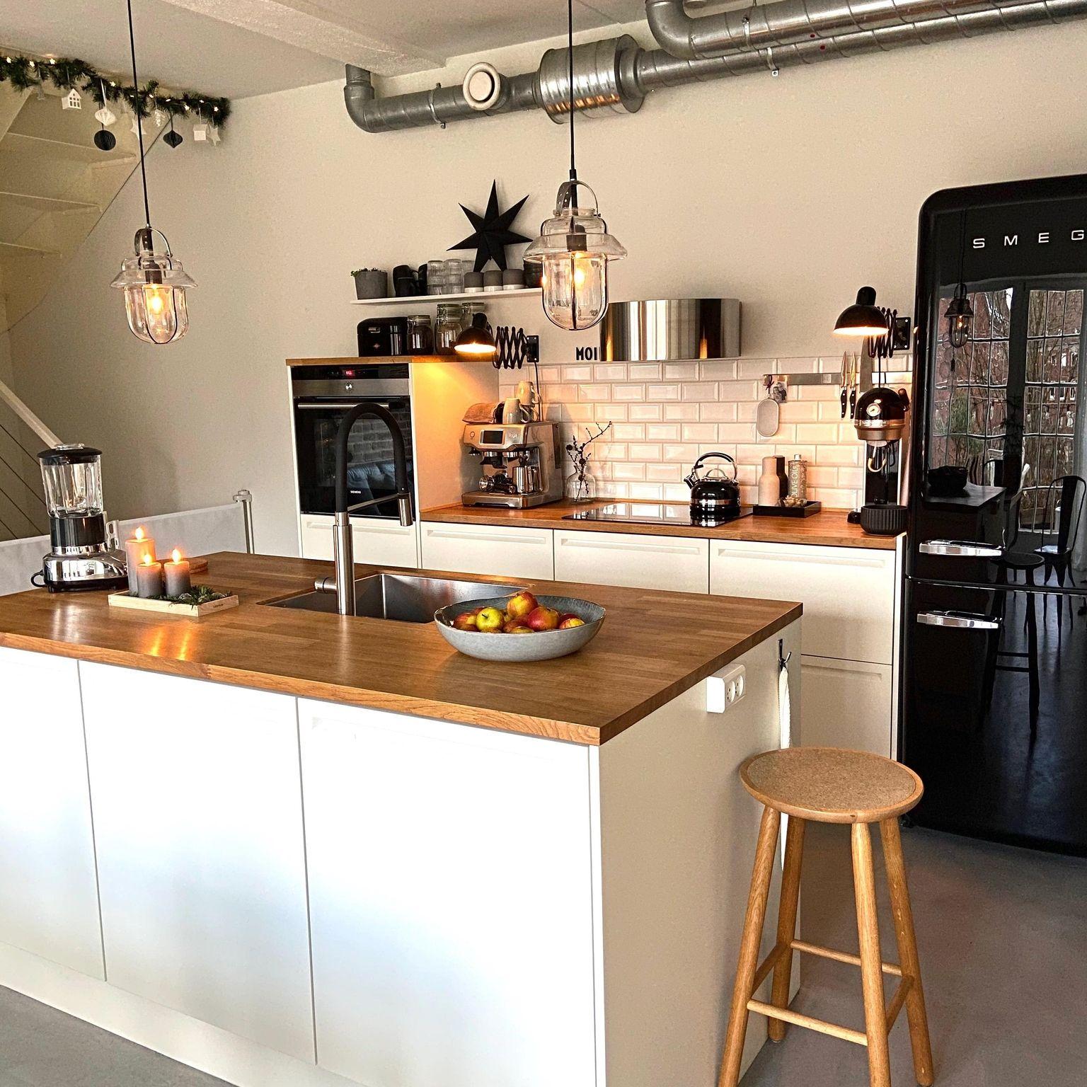 Pin Von Lara Zawdeh Auf Home Decor Deko Tisch Kuchen Inspiration Kuchendekoration