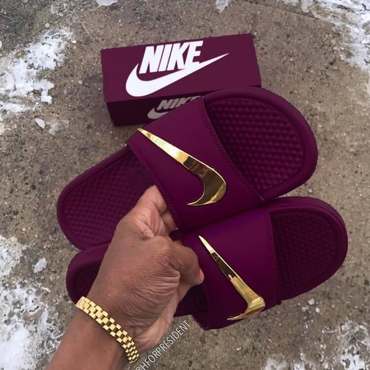 7476b5927 Nike Benassi Velvet Golden Check Slides