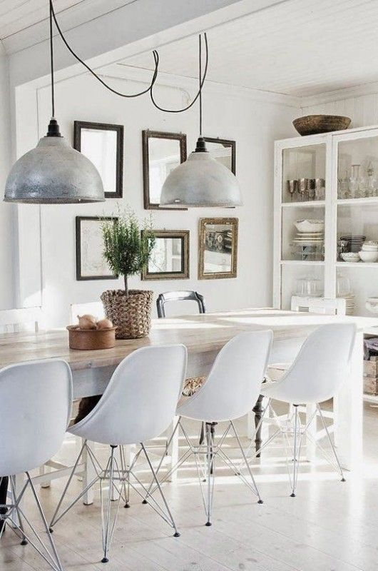 Modern farmhouse kitchen--one pendant like these for over kitchen table.